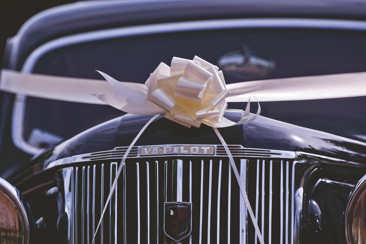 Cadouri practice pentru bărbați practici_masina cadou