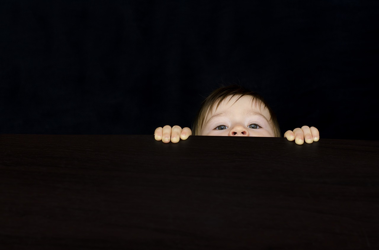 5 curiozități despre curiozitate și de două ori mai multe feluri de a o dezvolta_baiat curios
