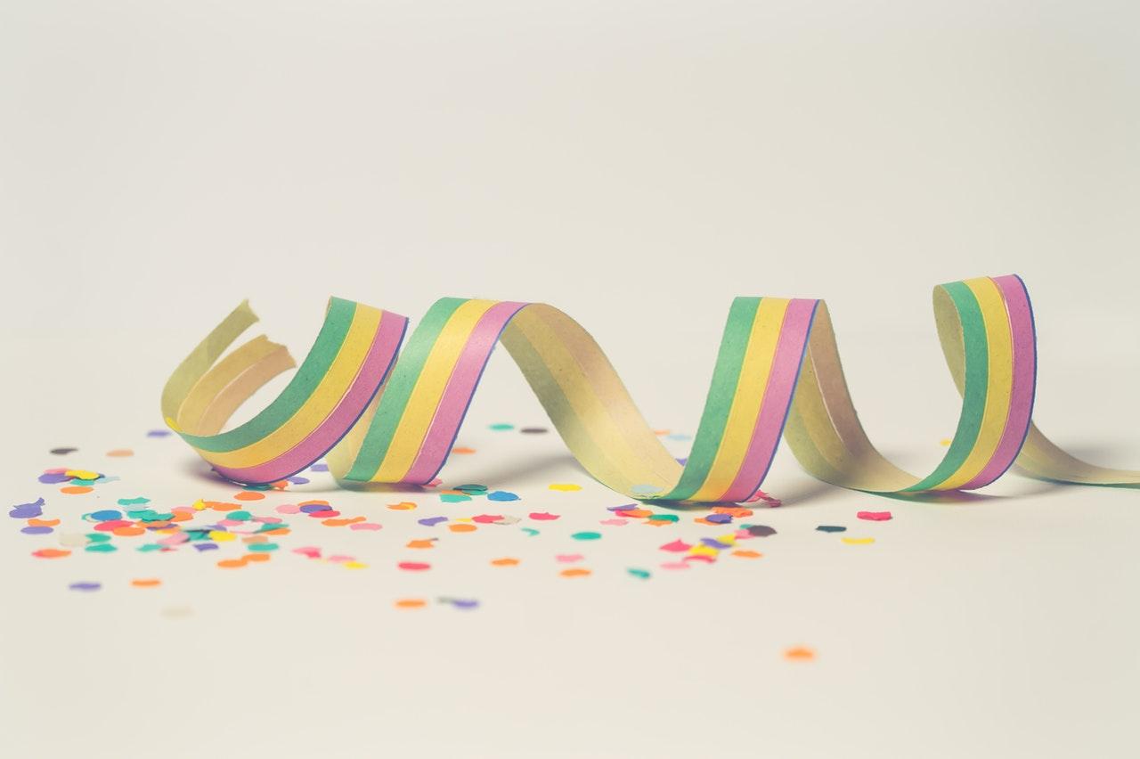 Jurnalul bucuriilor simple #16_confetti dupa petrecere