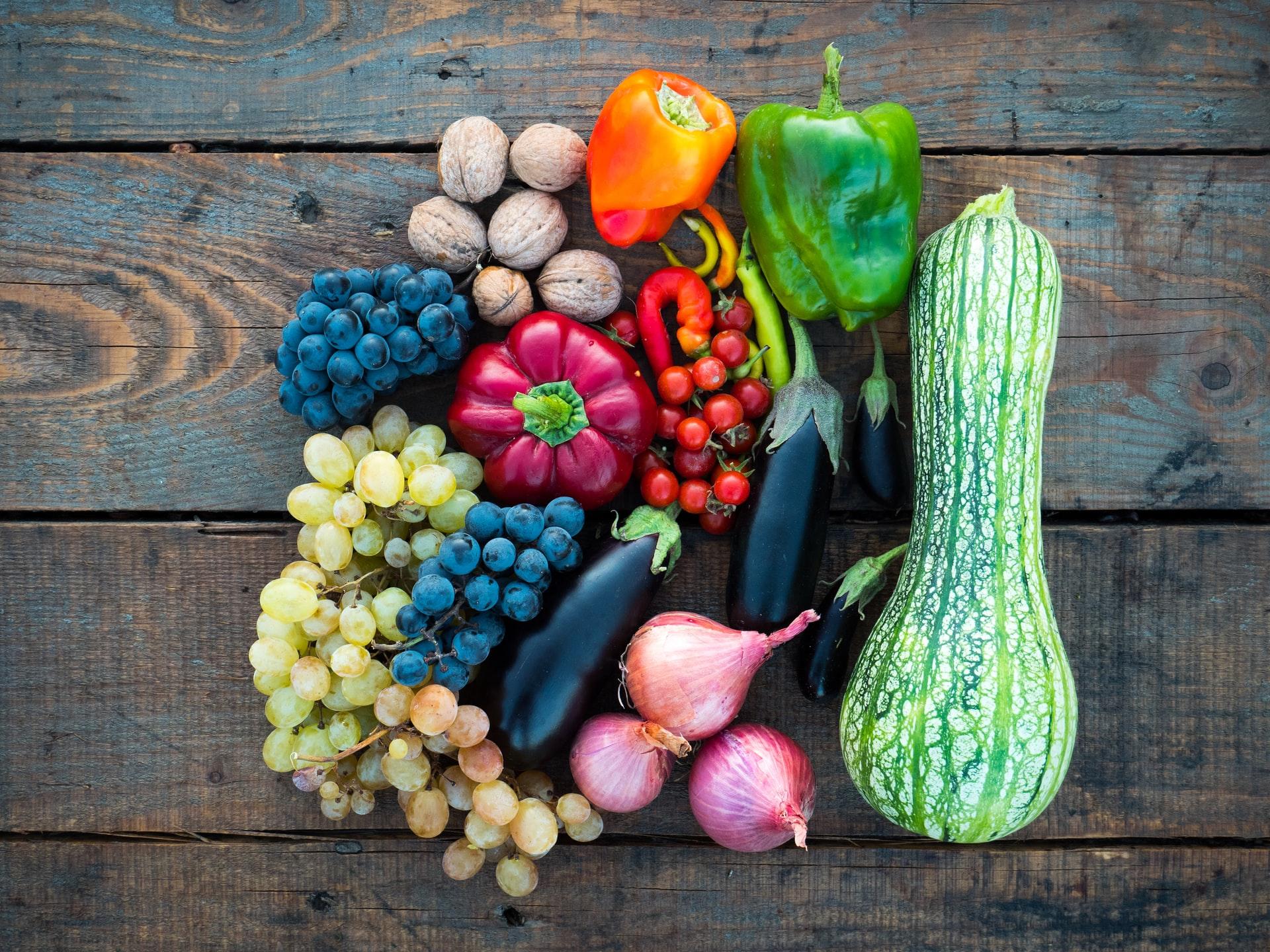 Bugetul-Familiei-28-Cum-își-gestionează-banii-o-familie-de-mici-antreprenori-și-cum-cheltuiesc-doar-apr.-4000-ron-pe-lună_legume-de-sezon